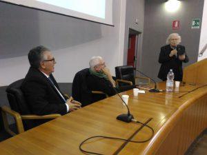 Il Prof. Carlo Morabito con gli autori del libro, Antonio Gnoli e il prof. Giacomo Rizzolatti